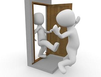Prendre la porte…